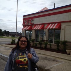 Photo taken at KFC by May E. on 6/22/2013