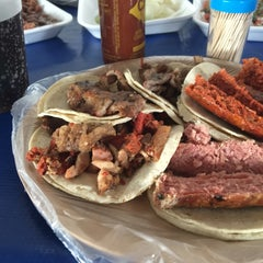 Photo taken at Tacos El Tapatío by Angel N. on 6/1/2015