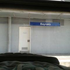 Photo taken at İzban Bayraklı İstasyonu by Hakan Ö. on 3/4/2013