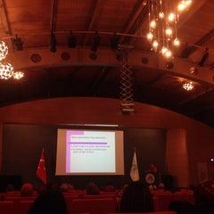 Photo taken at Üsküdar Üniversitesi Nermin Tarhan Konferans Salonu by Elif S. on 2/16/2014