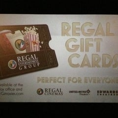 Photo taken at Regal Cinemas Palmetto Grande 16 by Kevin F. on 5/4/2013