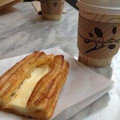 Photo taken at Andersen Bakery by Yoko M. on 10/12/2012
