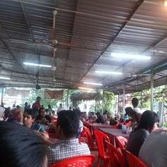 Photo taken at Nasi Campur Awet Muda by Eddy J. on 11/19/2012