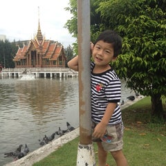 Photo taken at สระน้ำ มหาวิทยาลัยรามคำแหง by pum T. on 9/14/2013