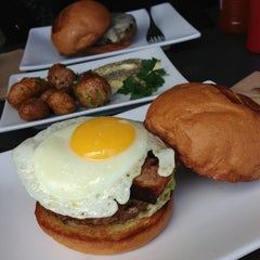 Photo taken at Umami Burger by Hang S. on 5/26/2013