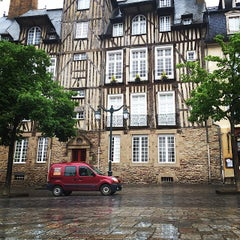 Photo taken at Place des Lices by Alex S. on 5/6/2014