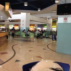 Photo taken at Maju Junction Food Court by Azri S. on 4/22/2014