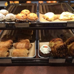 Photo taken at Panera Bread by Gil G. on 2/20/2016