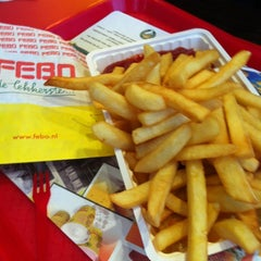 Photo taken at Febo by Ouiouii14 C. on 12/10/2012