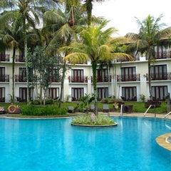 Photo taken at Sheraton Bandung Hotel & Towers by Hugo C. on 1/19/2013