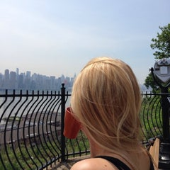 Photo taken at North Bergen Overlook by Dusan D. on 6/17/2014