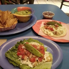 Photo taken at Bumble Bee's Baja Grill by Nyree P. on 7/6/2014