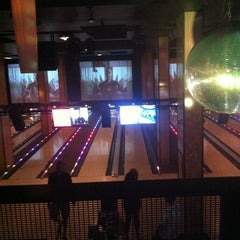 Photo taken at Grand Central Restaurant & Bowling Lounge by Damian E. on 5/11/2013