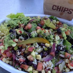 Photo taken at Chipotle Mexican Grill by Lara W. on 3/10/2014