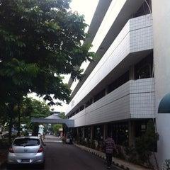 Photo taken at Kementerian Desa, Pembangunan Daerah Tertinggal dan Transmigrasi by Adryan F. on 5/21/2013