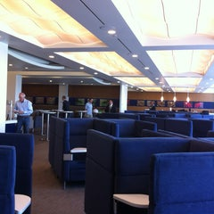 Photo taken at Delta Sky Club by fabian r. on 5/22/2013