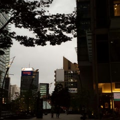Photo taken at 東京ミッドタウン (Tokyo Midtown) by aiko y. on 6/19/2013