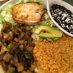 Photo taken at Casa Blanca Mexican Restaurant & Cantina by Len L. on 6/6/2015