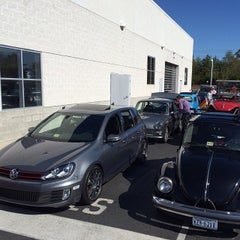 Photo taken at Lindsay Volkswagen of Dulles by Neil P. on 10/20/2013