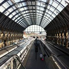 Photo taken at London King's Cross Railway Station (KGX) by ilkka m. on 4/24/2013