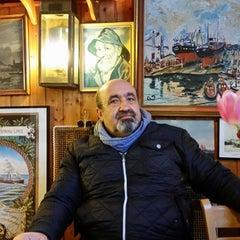 Photo taken at Fischbörse Cuxhaven by Turgut on 4/1/2015