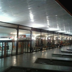 Photo taken at Terminal de Ómnibus de Rosario by César L. on 9/2/2013
