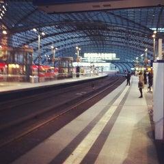 Photo taken at Berlin Hauptbahnhof by Luis C. on 4/28/2013