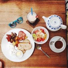 Photo taken at Cafe Zucchini by Dasha P. on 1/17/2014