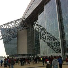 Photo taken at AT&T Stadium by SusanAnnC on 12/22/2012