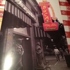 Photo taken at Buca di Beppo Italian Restaurant by Gabriela B. on 10/5/2012