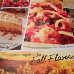 Photo taken at Olive Garden by Martin S. on 10/11/2013