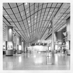 Photo taken at MTR Hong Kong Station 香港站 by Jansen L. on 3/1/2013