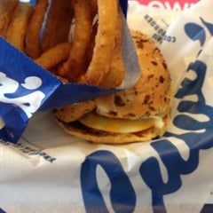 Photo taken at Culver's by Sigmasophie on 5/21/2013