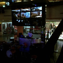 Photo taken at Hard Rock Cafe Jakarta by S4FIK® 7. on 12/27/2012