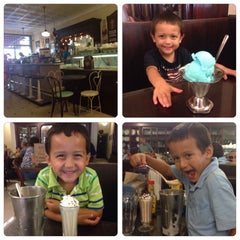 Photo taken at S&T Soda Shoppe by Mike W. on 8/20/2014