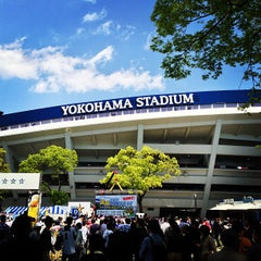 Photo taken at 横浜スタジアム (YOKOHAMA STADIUM) by chuoushibafu on 4/28/2013