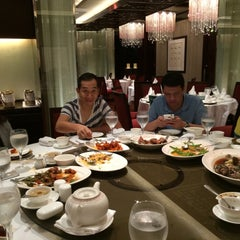 Photo taken at Shang Palace by Wesley T. on 1/5/2015