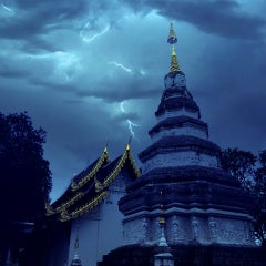 Photo taken at วัดพันแหวน (Wat Phan Waen) by Dhammaintrend D. on 10/22/2014