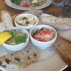 Photo taken at Le Pain Quotidien by Barbara B. on 4/28/2013