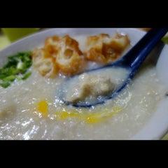 Photo taken at Chai Chee Pork Porridge by Selena T. on 3/4/2014