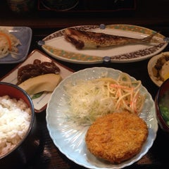 Photo taken at 和食料理 花邨 by Matio M. on 4/15/2014
