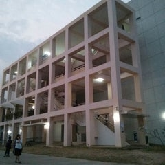 Photo taken at คณะวิจิตรศิลป์ (Faculty of Fine Arts) by Praphan M. on 2/15/2013