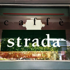 Photo taken at Caffe Strada by Torsten J. on 8/26/2013