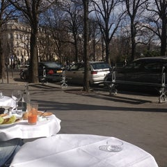 Photo taken at Le Matignon by Olesya G. on 3/9/2013