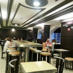 Photo taken at McDonald's by Gökhan E. on 6/29/2013