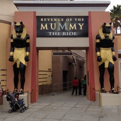 Photo taken at Revenge of the Mummy - The Ride by Cesar Z. on 10/22/2012