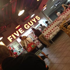 Photo taken at Five Guys by Bashair F. on 7/8/2013