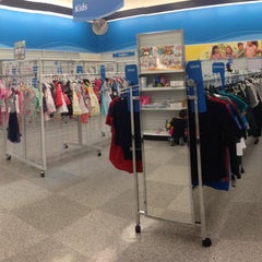 Photo taken at Ross Dress for Less by I C. on 3/1/2015