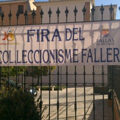 Photo taken at Junta Central Fallera by Toni M. on 6/1/2013