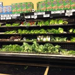 Photo taken at City Supermarket Irvington by Abdullah Yilmaz T. on 1/25/2014